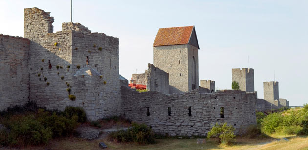 Visby's ring wall. Photo.